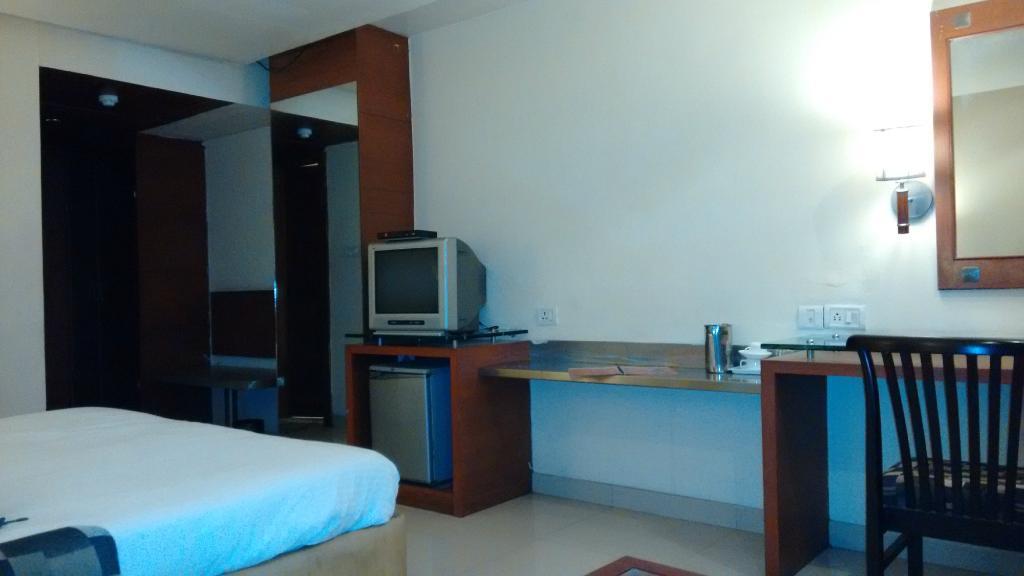 Hotel Arun International