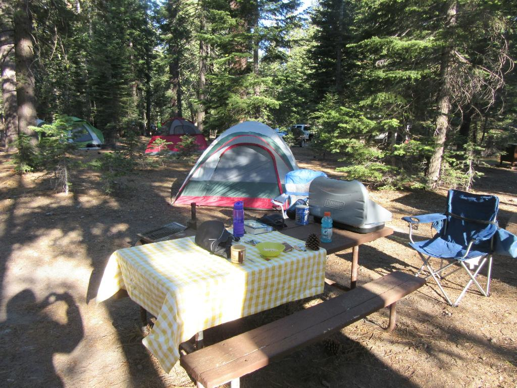 Manzanita Lake Campground