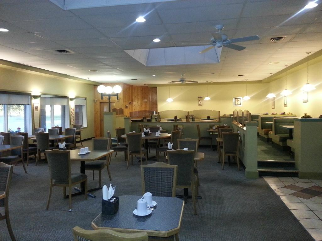 Caledonia Motor Inn