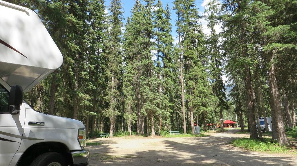 Yellowhead Campground & RV Park