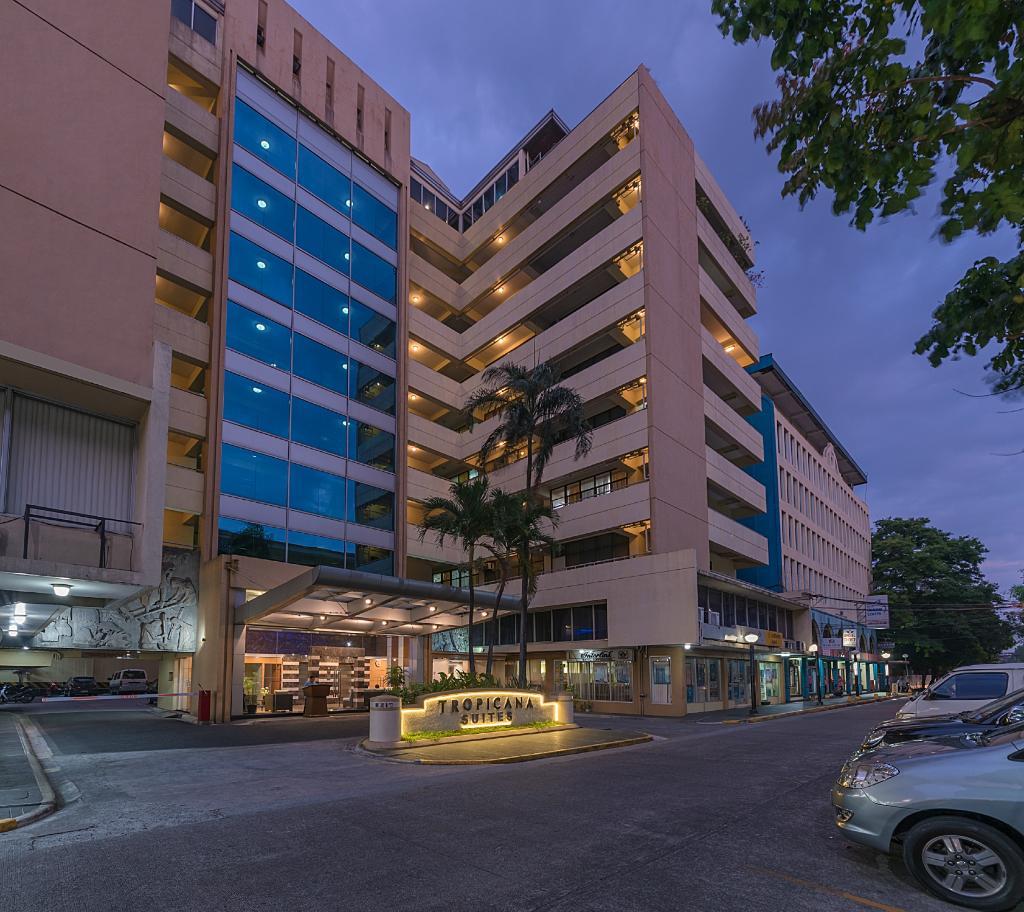 トロピカーナ アパートメント ホテル