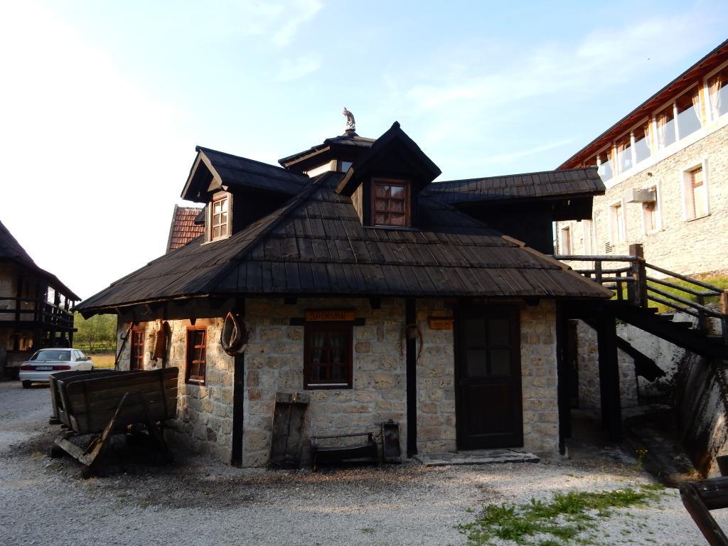 Ethno Village Babici & Hotel Rostovo