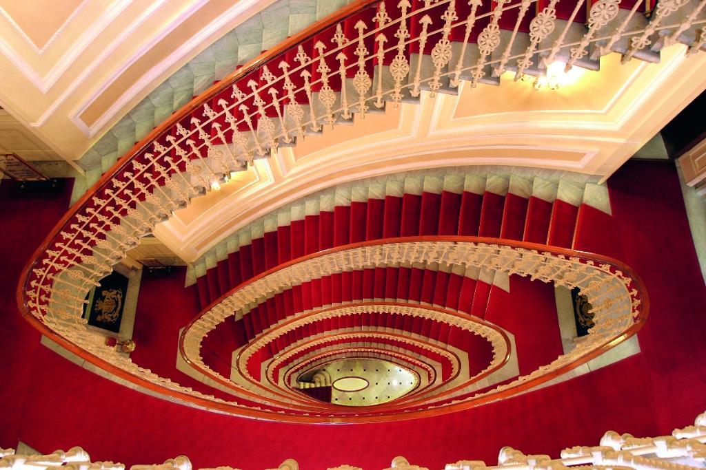 布里斯托宮殿酒店
