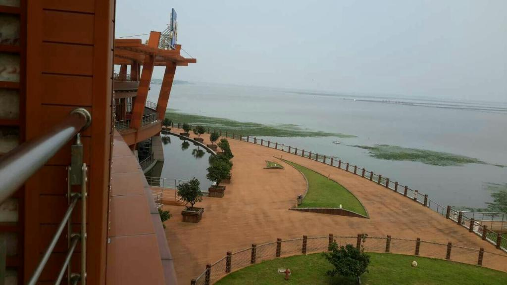 Suzhou Grand Metropark Resort Yangcheng Lake