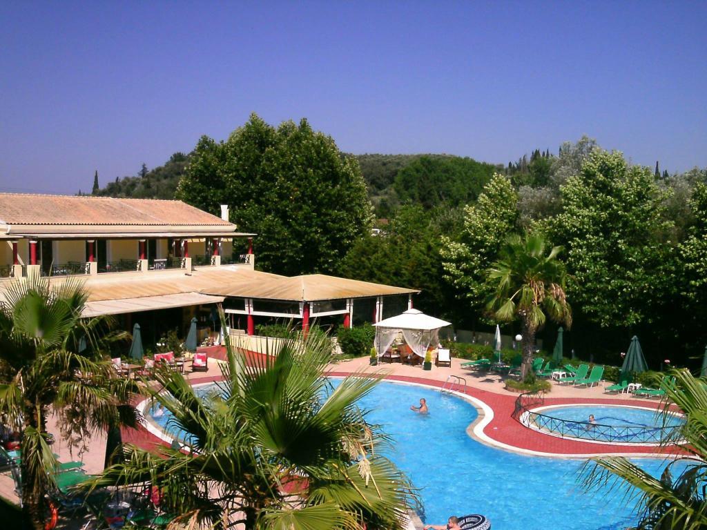 Damia Hotel