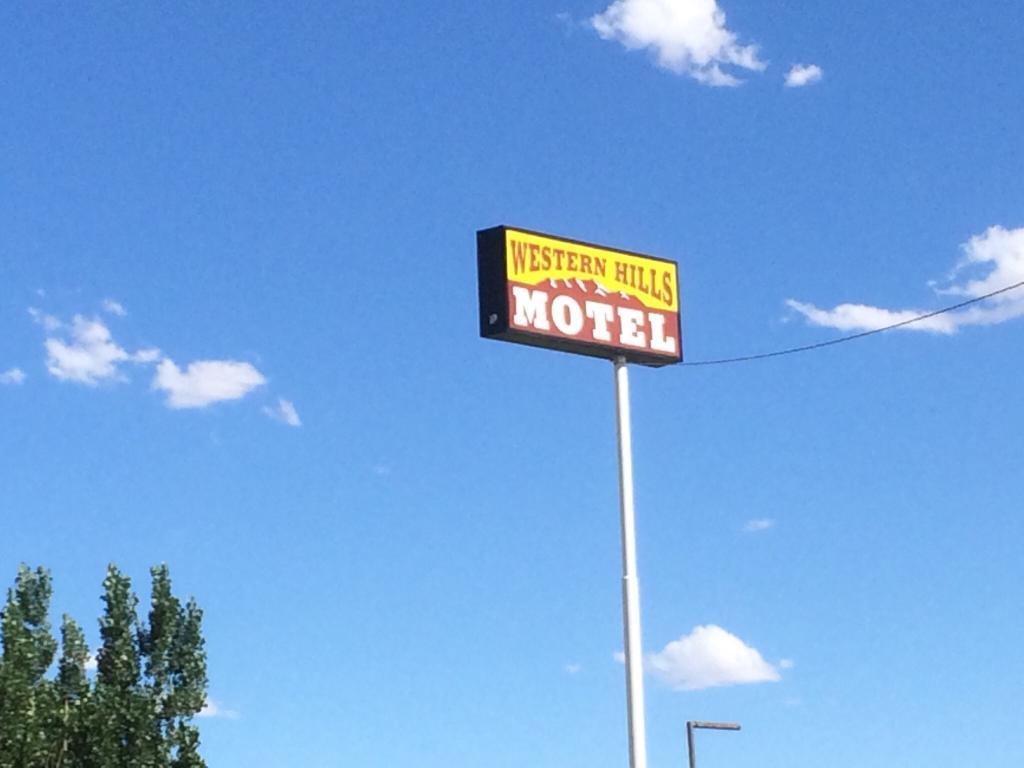 Western Hills Motel
