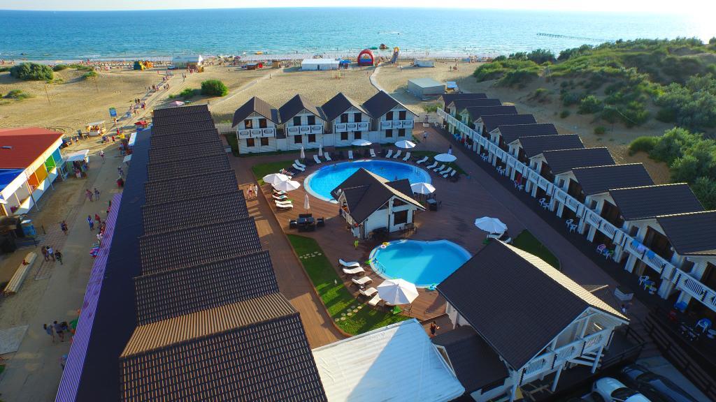 Отель Белый пляж