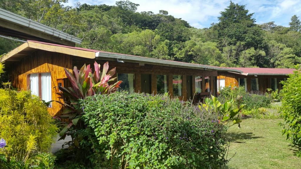 El Bosque Trails & Eco lodge