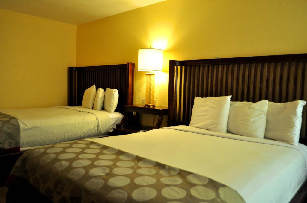 Floridian Express Hotel