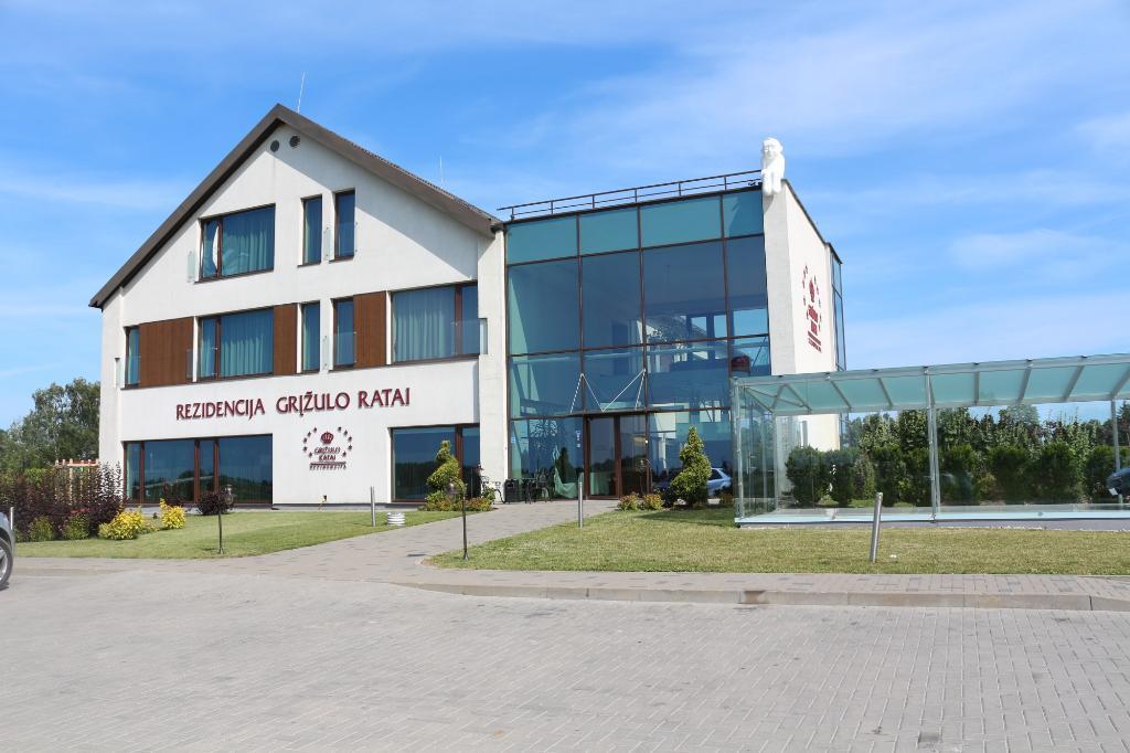 Rezidencija Grizulo Ratai