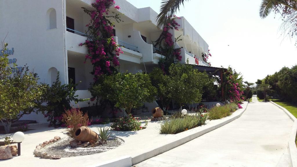 Hotel Tina-Flora