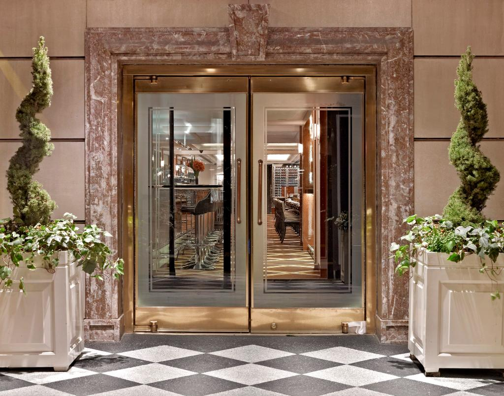 ‪The Pierre, A Taj Hotel, New York‬