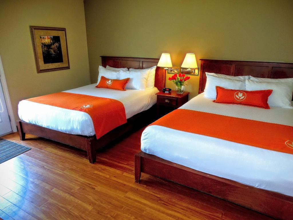 Amsterdam Inn & Suites Moncton