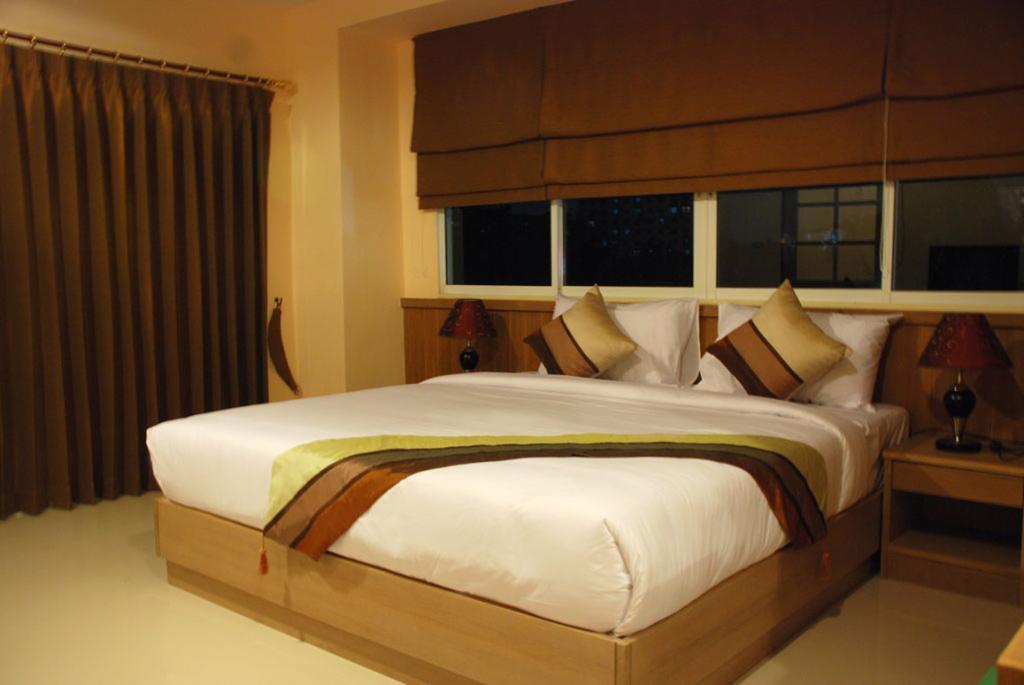 MetroPoint Bangkok Hotel