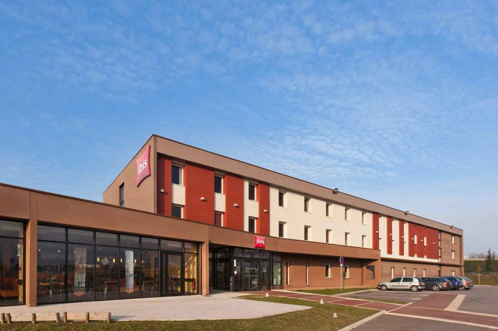 Hotel Ibis Beauvais Aeroport
