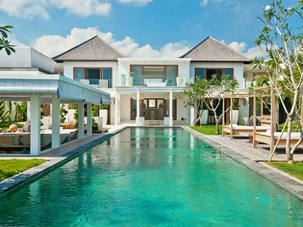 Villa Ombak Putih