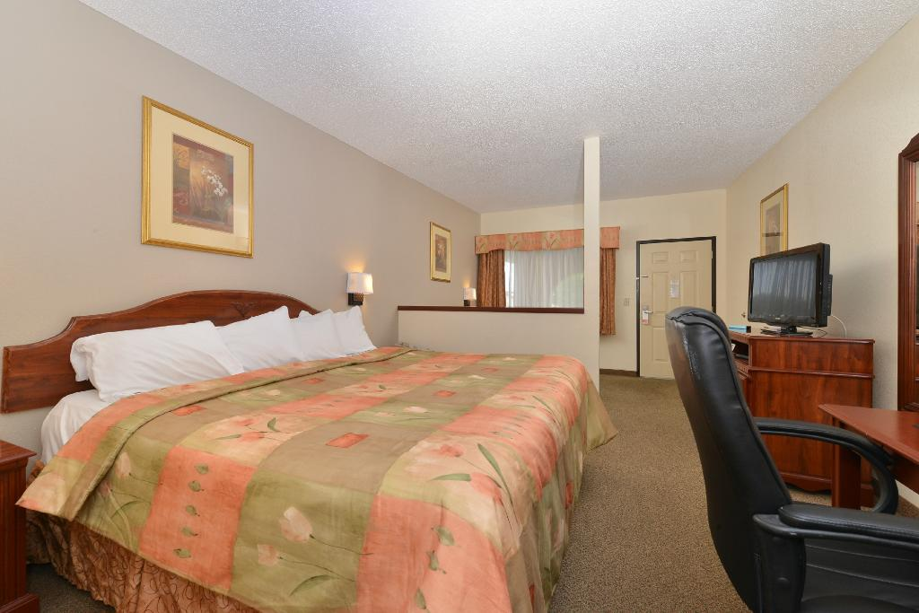Econo Lodge Inn & Suites near Chickamauga Battlefield