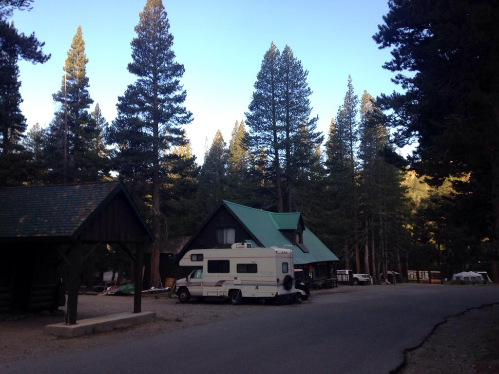 ‪Twin Lakes Campground‬