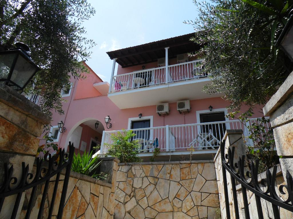 Evi Ariti Apartments