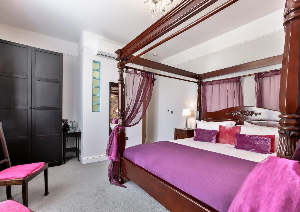 โรงแรมพอร์โตเบลโล เฮาส์