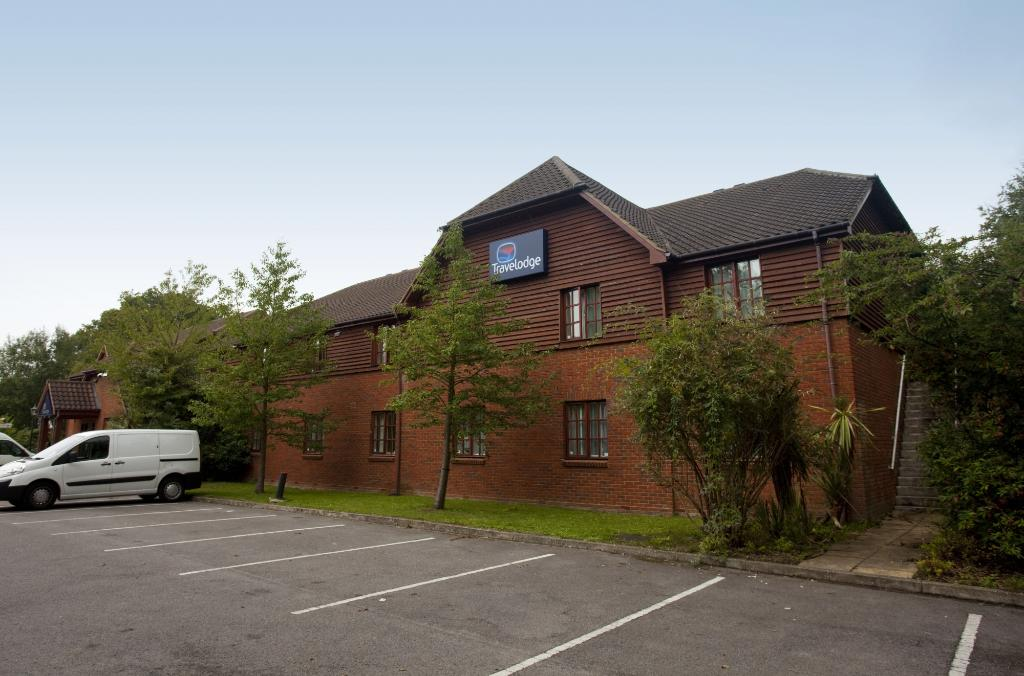 Travelodge Fleet Hotel