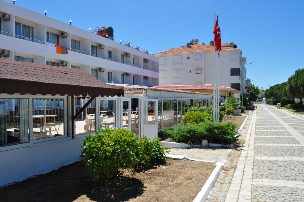 Hotel Yarar