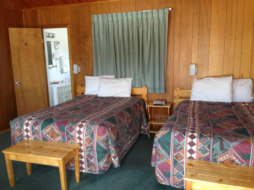 Yellowstone Valley Inn and RV Park