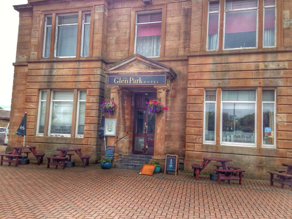 GlenPark Hotel