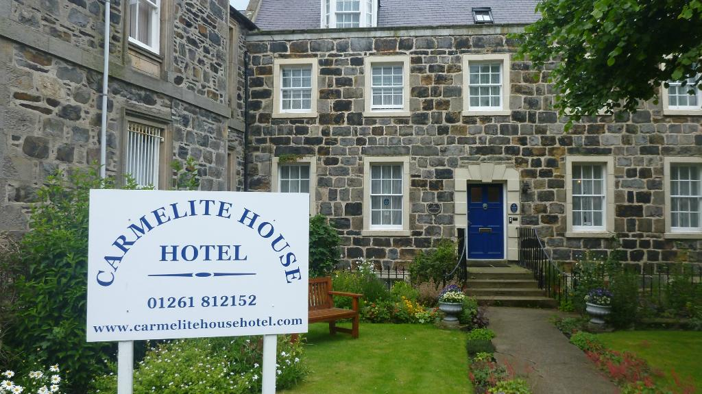 Carmelite House Hotel