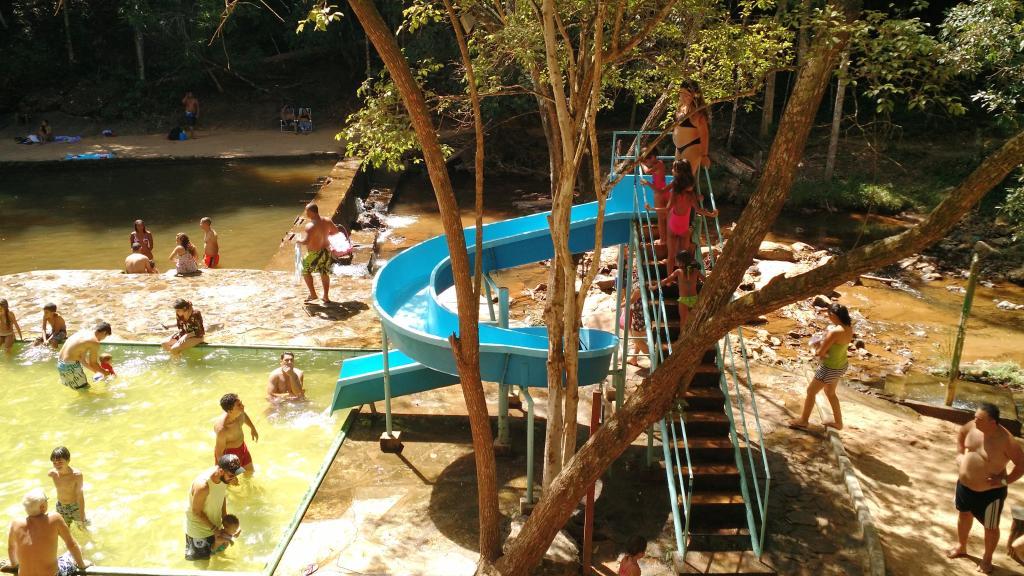 Veu De Noiva Cachoeira Parque Pousada