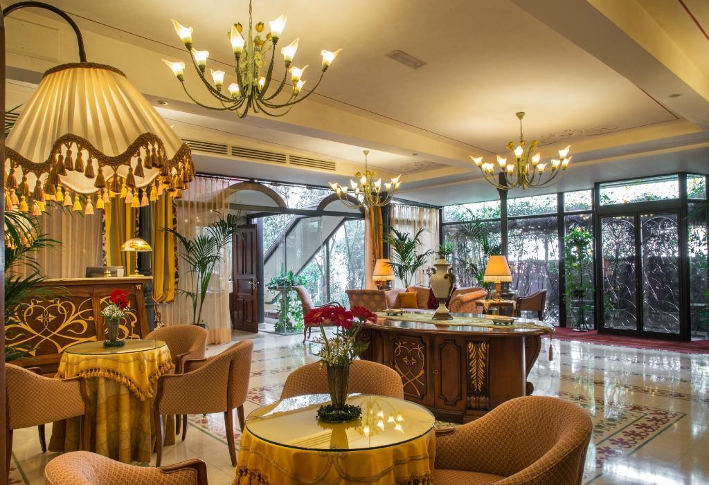 리버티 호텔