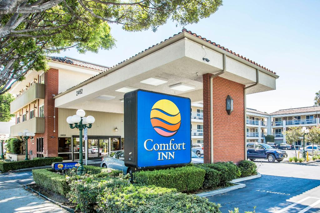 ‪Comfort Inn Near Pasadena Civic Auditorium‬