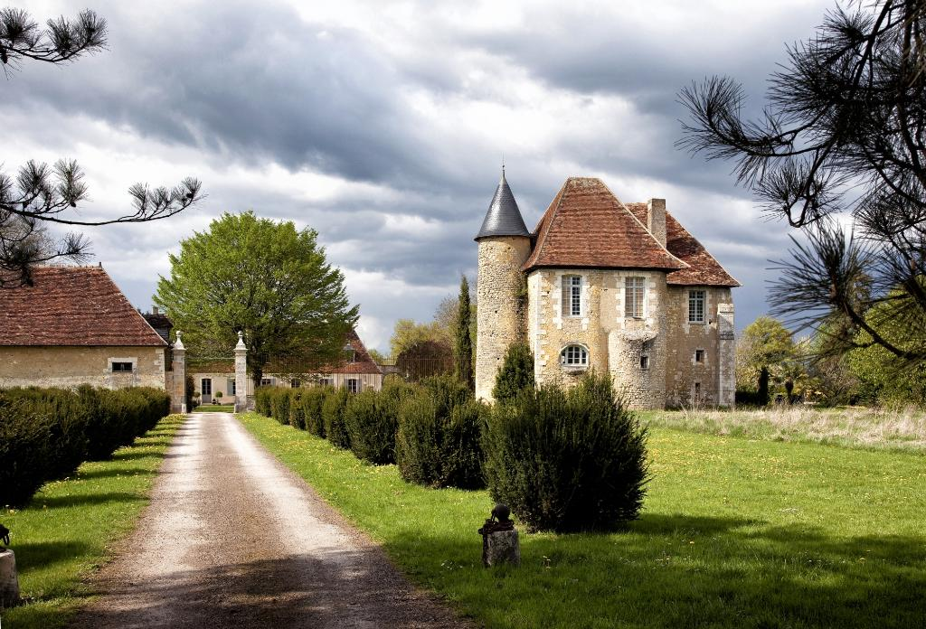 Chateau De Saint Georges