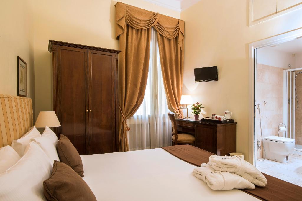基阿迪尼德爾奎里納萊1號酒店