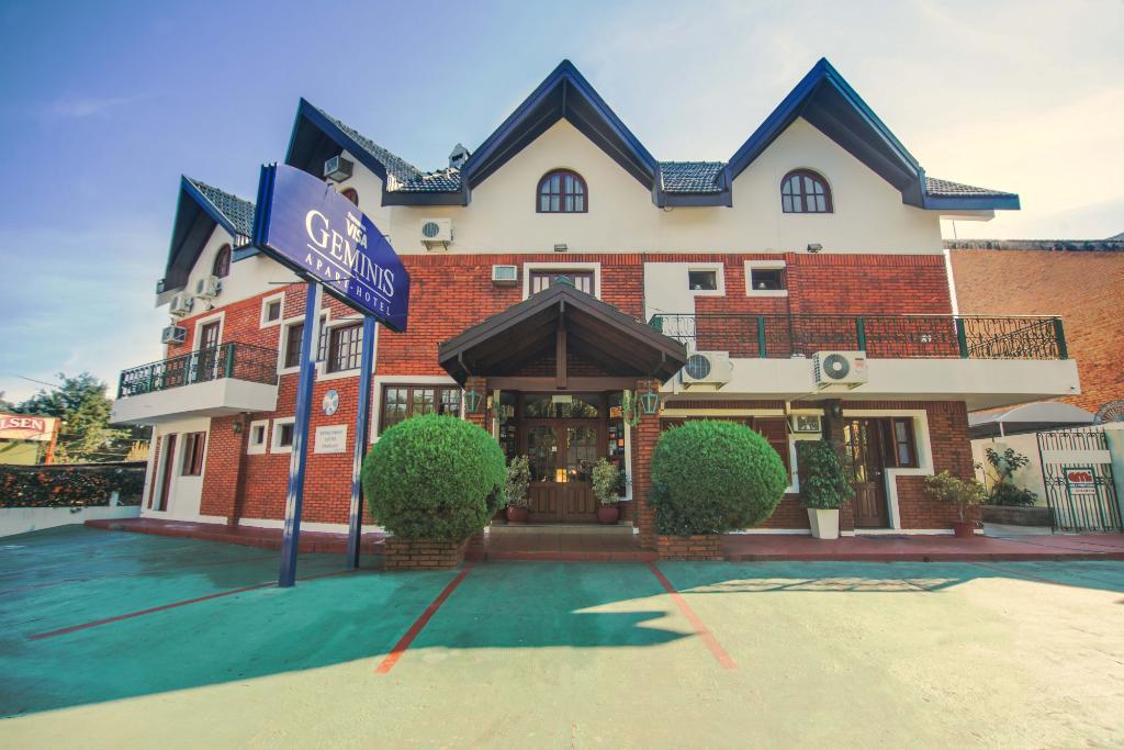 Apart Hotel Geminis