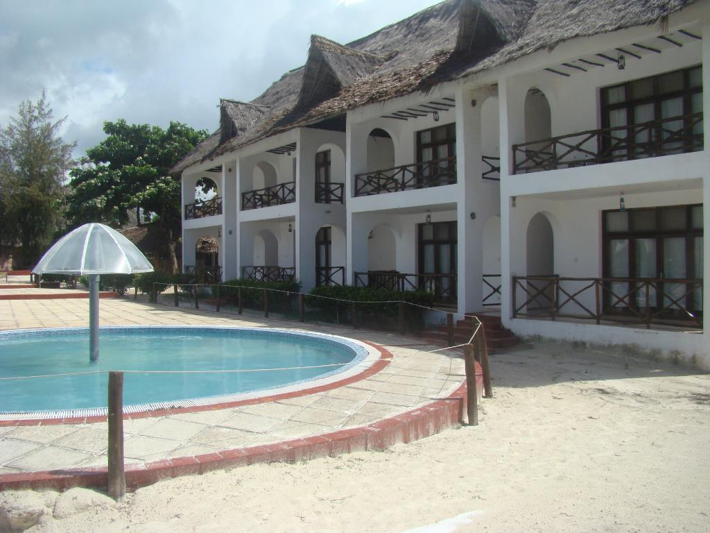 ‪White Rose Beach Hotel‬