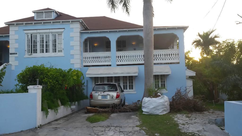 La Paloma Guest House