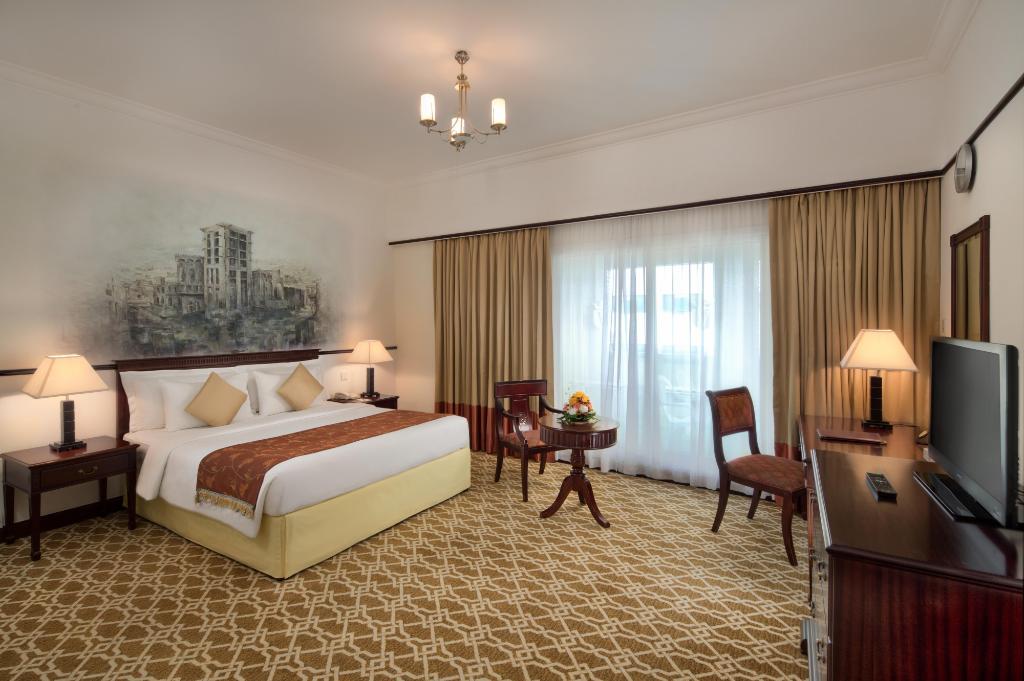 Savoy Crest Exclusive Hotel Apartments