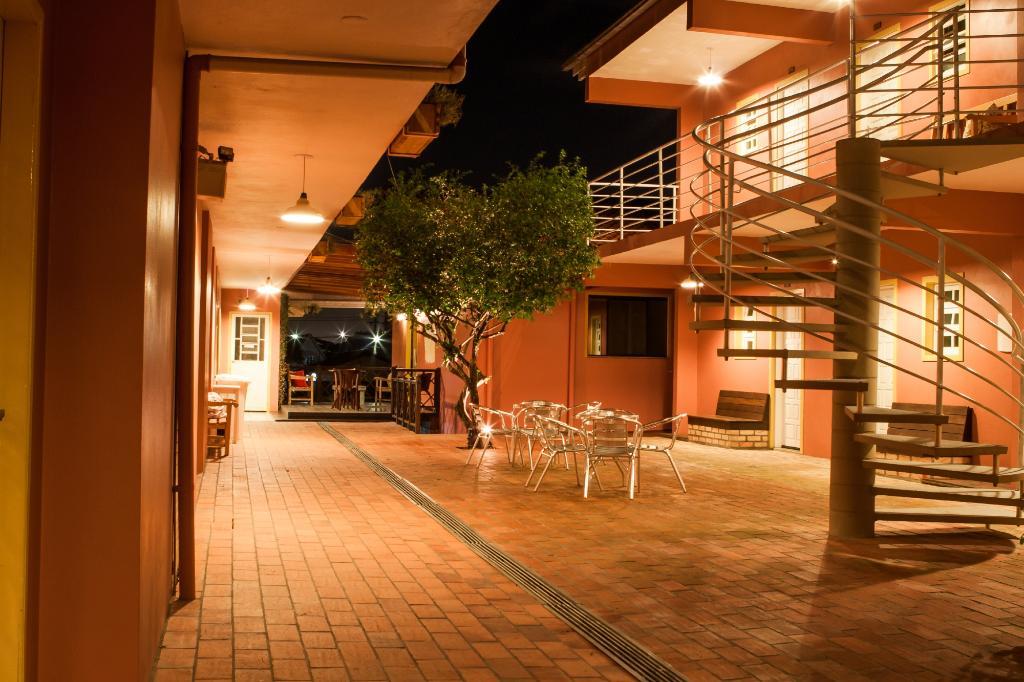 Hotel Acoriano