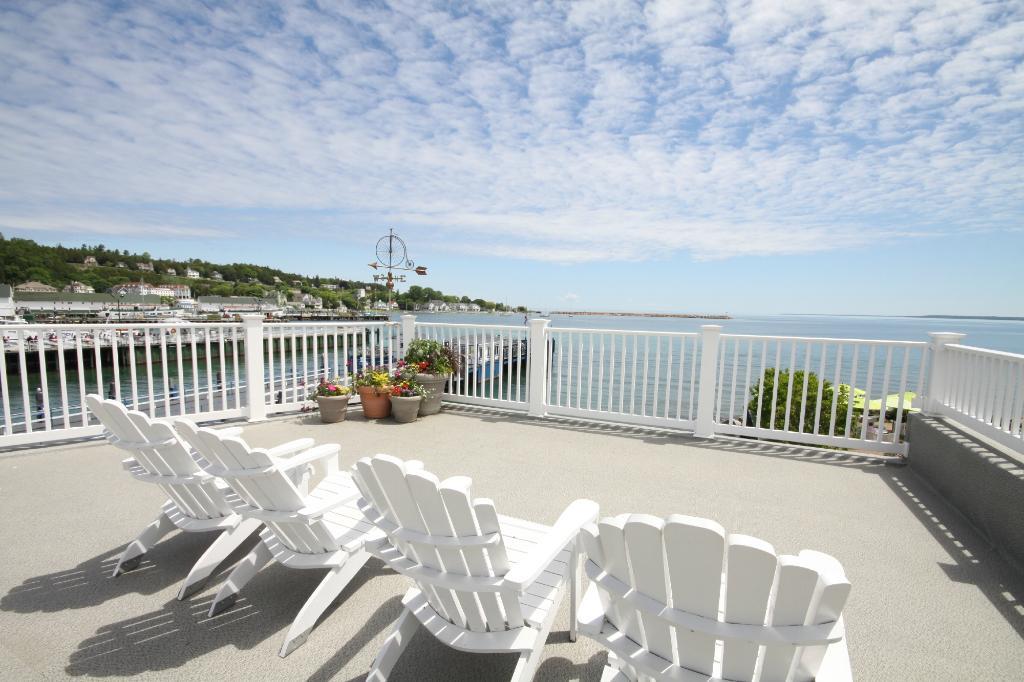 Harbor Suites & Penthouse