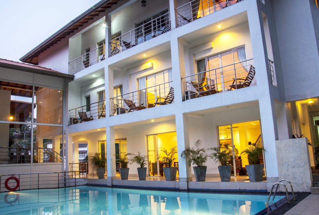 Senani Hotel