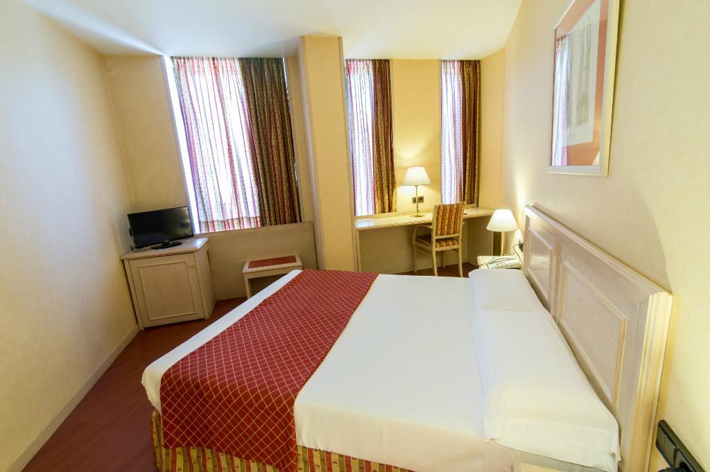 โรงแรมซันโนเทลจูเนียร์