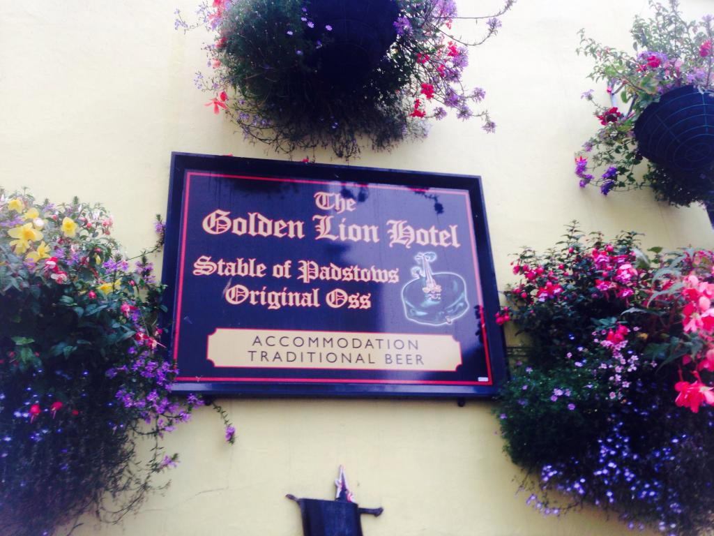 ‪Golden Lion Inn‬