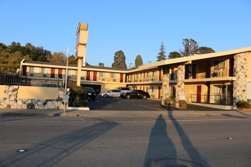 島民汽車旅館