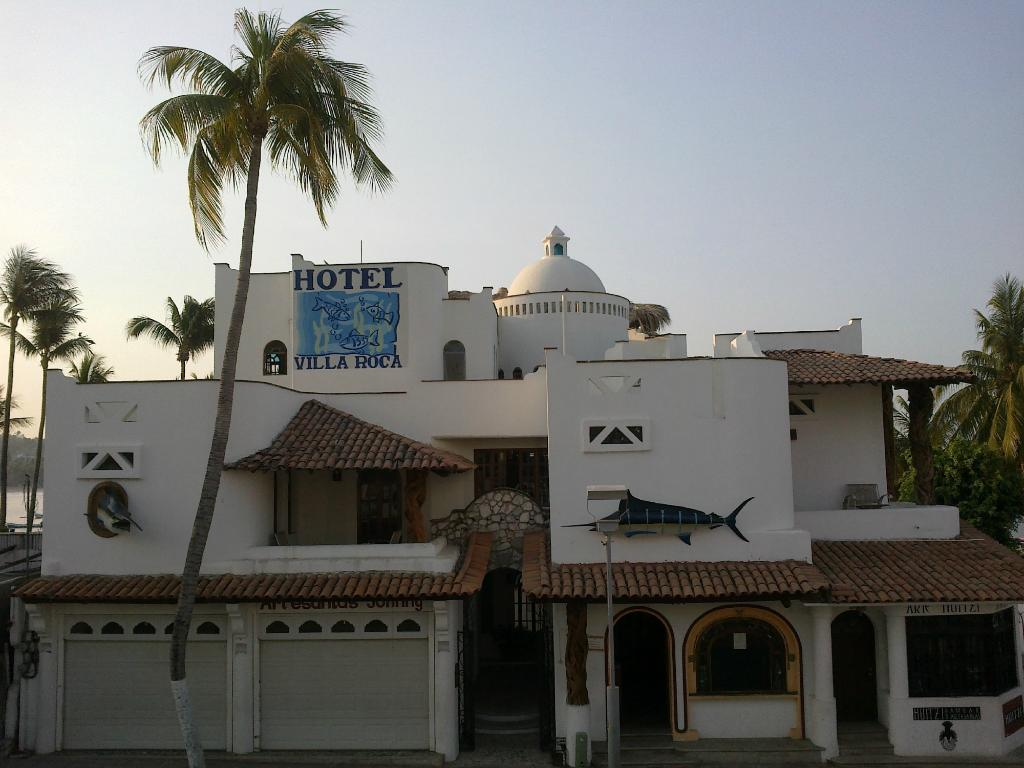Villa Roca Suites