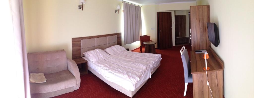 Trzy Sosny Hotel