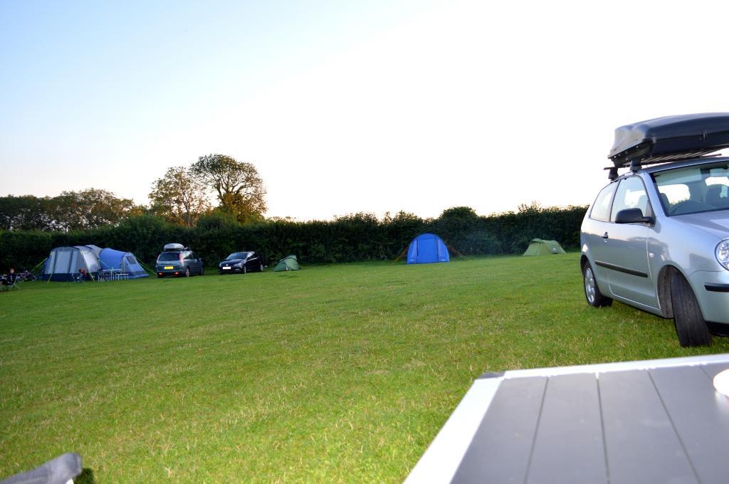 Nicholaston Farm Caravan & Camping
