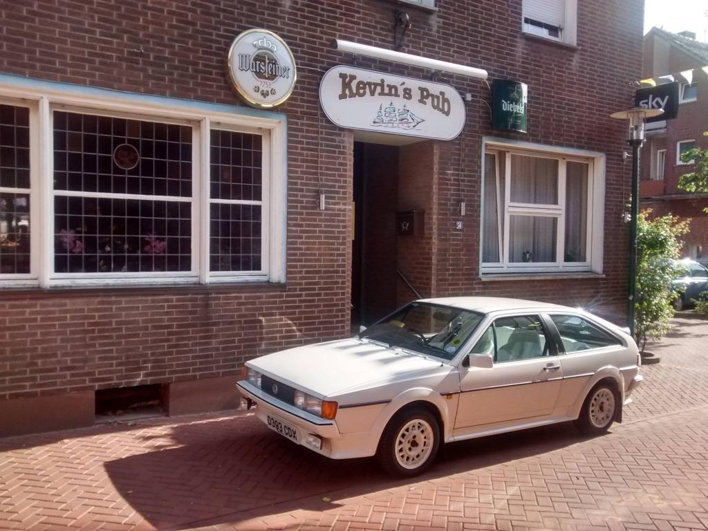 Kevin's Pub Guesthouse