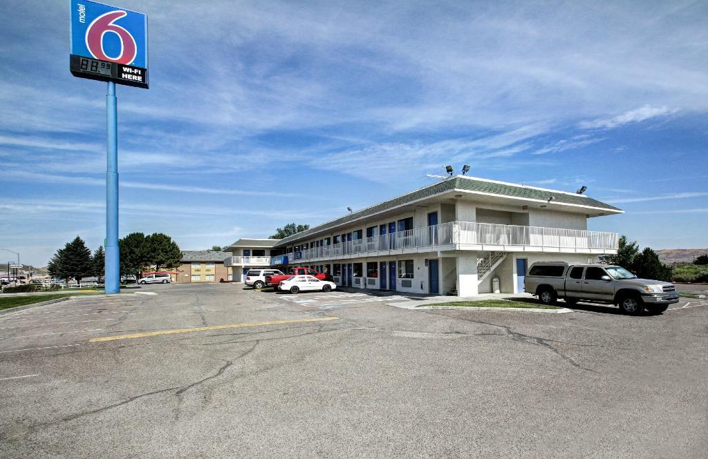 Motel 6 Wells