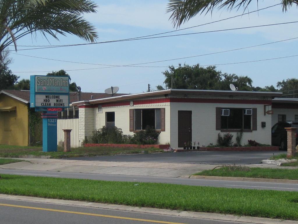 Sand Man Inn - Daytona Beach